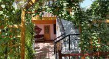 jahangir_hotel_facade.jpg